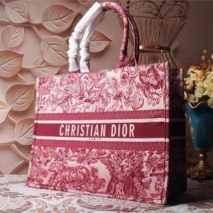 """Dior canvas 15 * 12 * 6"""""""